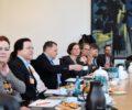 Katja Dörner Bündnis 90/Grüne, Marion Malzahn Vorsitzende des dba, Volker Gerrlich Geschäftsführer des dbs, Frauke Kern Beisitz Selbständige dbl, Petra Kleining BFB, Hans-Jörg Waibel AOK Bundesverband, Julius Lehmann KBV, Jan Hortig Referent von Dr. Roy Kühne
